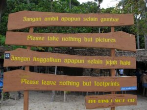 board sign in tanjung gelam karimunjawa