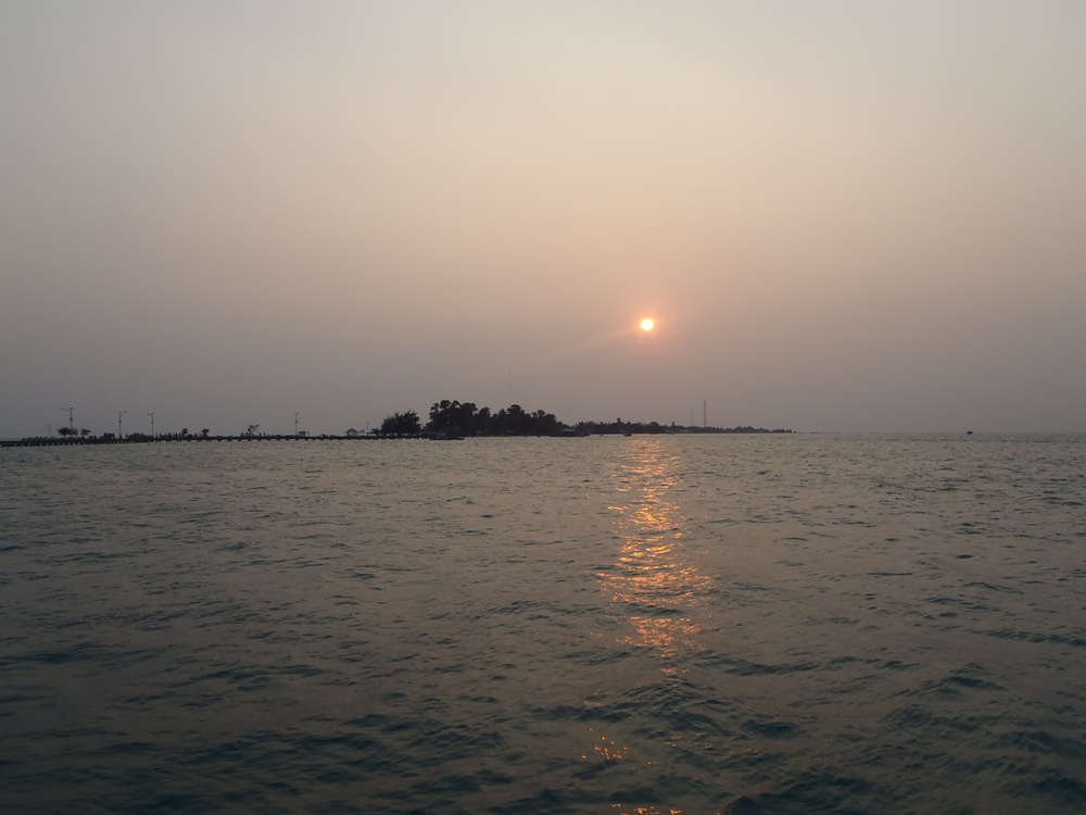 sunset view pulau tidung besar