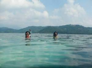 snorkeling in pahawang kecil island, lampung province